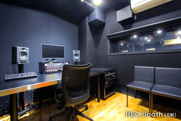 REC.Booth+B-2st-1""