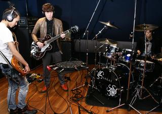 サウンドデザイナー特集!代々木G1stでバンド録音に挑戦!