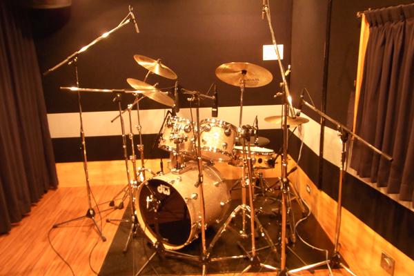 3曲Drum Recフォト01