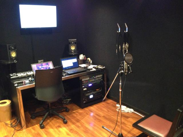 駒沢店 P3st ボイスサンプルのレコーディングフォト01