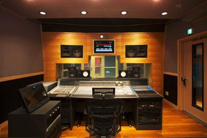 サウンドアーツ スタジオ風景