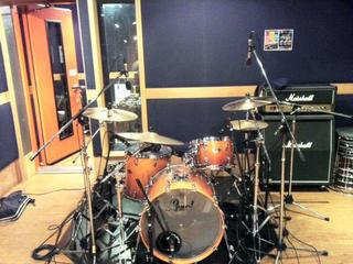 マイク8本でドラムレコーディング