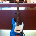 Fender Japan JAZZ BASS(写真1)